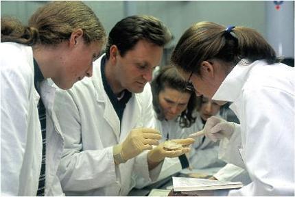 Makroskopische Anatomie: Danken und Gedenken am Ende des Präparierkurses