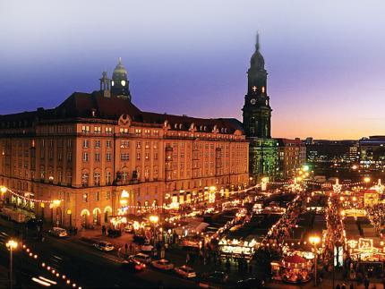 Weihnachtsmarkt In Dresden.Dresden Deutschlands ältester Weihnachtsmarkt