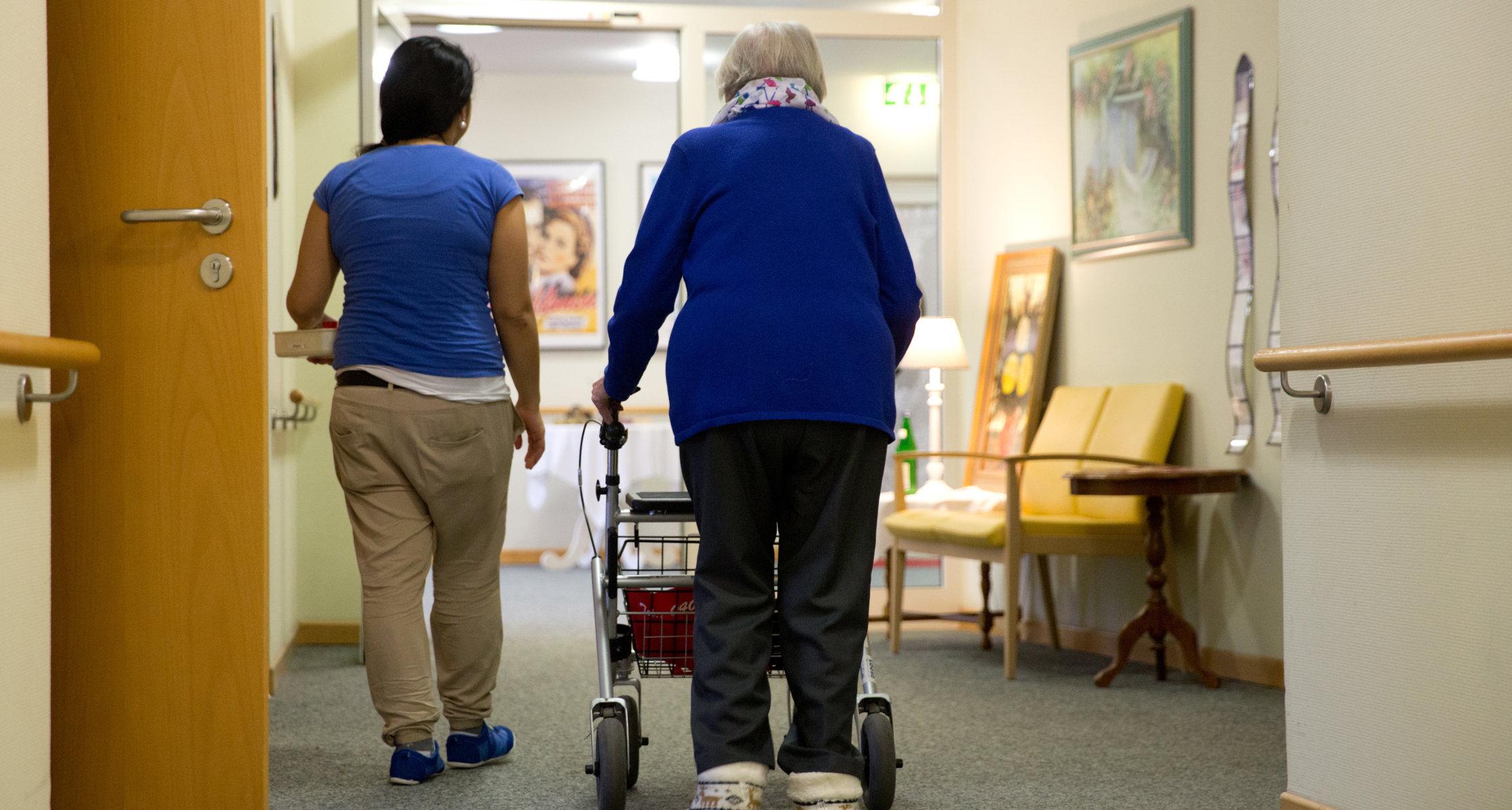 Konzertierte Aktion Pflege Zehn Prozent Mehr Auszubildende Bis 2023